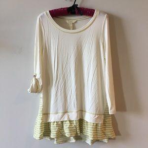 Oversized Matilda Jane Top Size XS Long Tab Sleeve